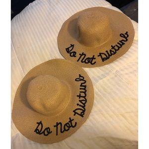 "2 Straw ""Do Not Disturb"" Hats"